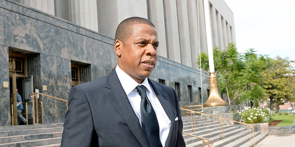 "Jay Z's ""Uber for private jets"" company raises $105 million 