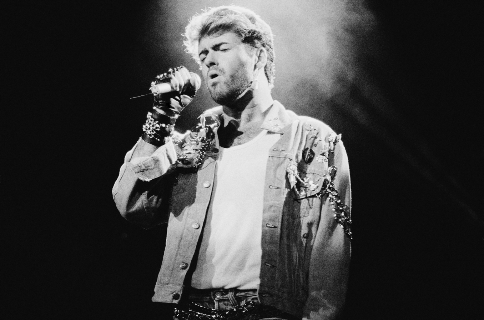 George Michael Best-Of Sales Improve 5625 Percent in Last U.K. Charts of 2016 | Billboard