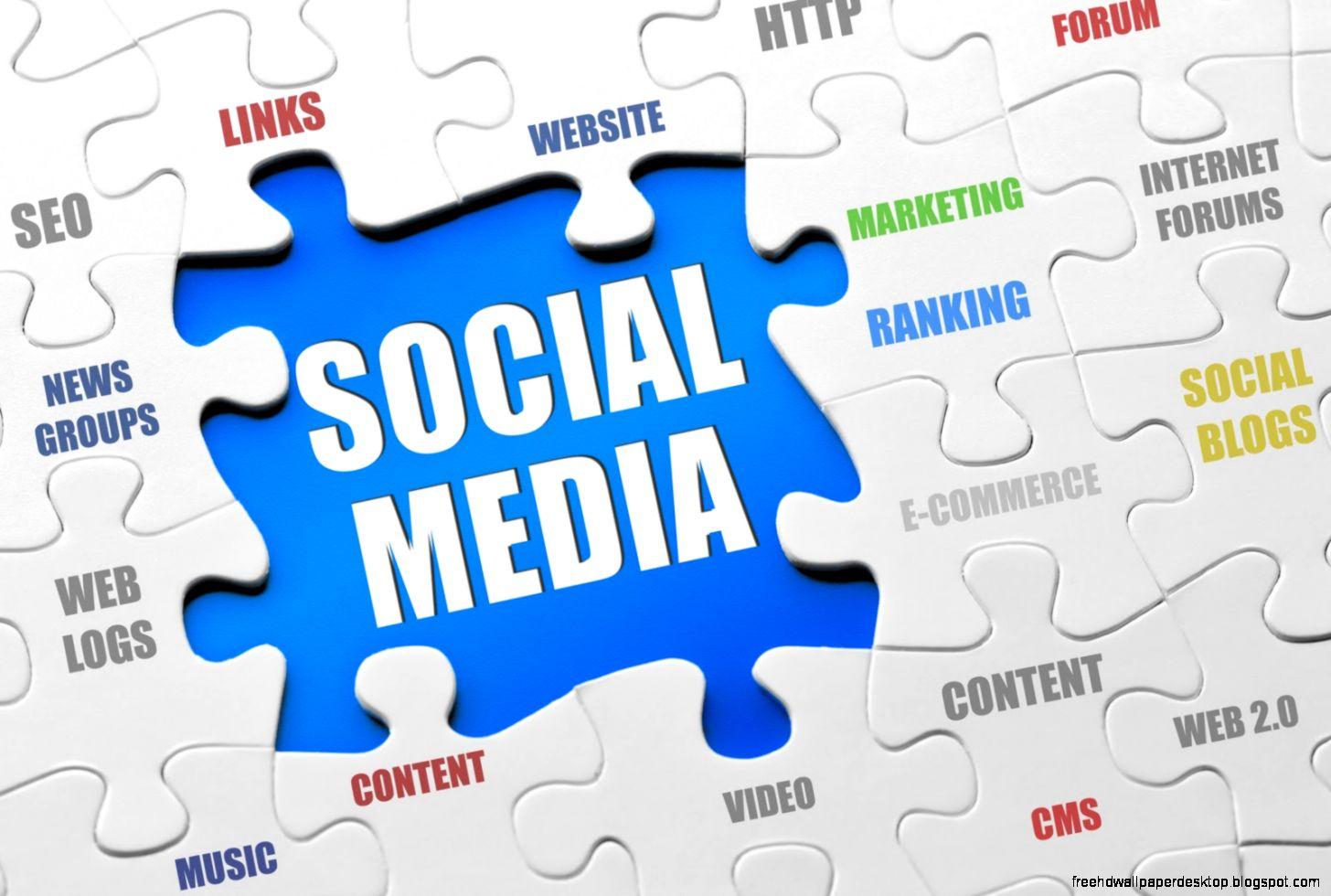 BlastFM Social Media