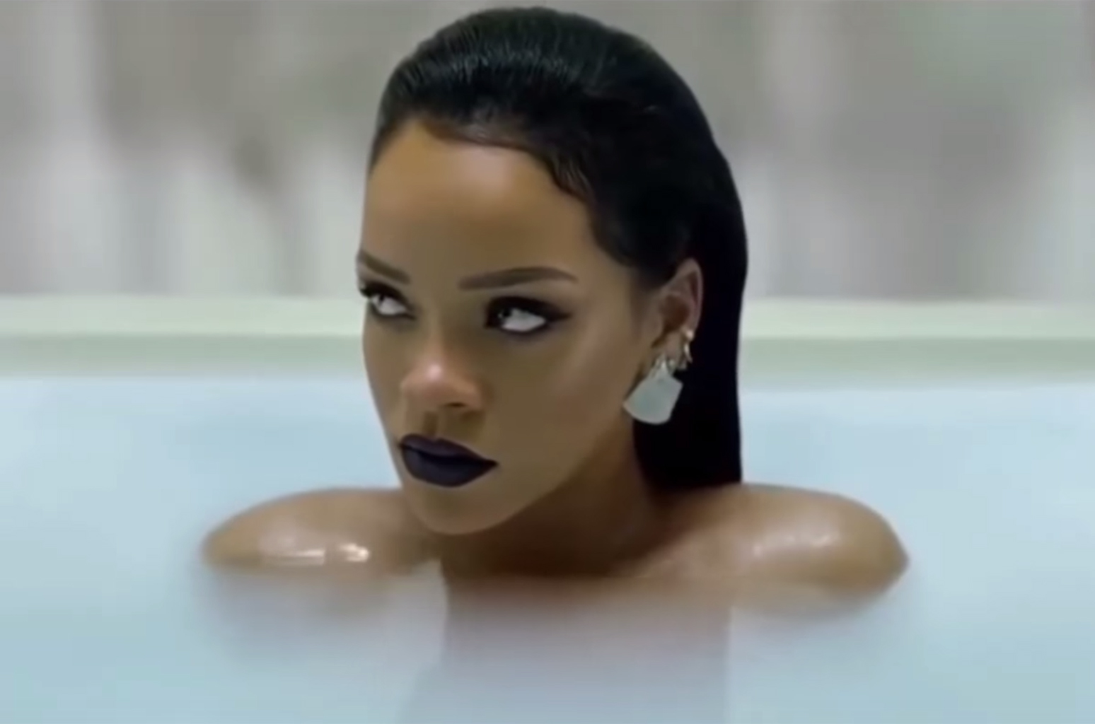 Rihanna Rules Dance Club Songs With 'Love on the Brain,' Her 28th No. 1 | Billboard