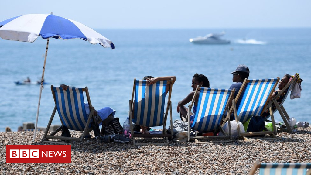 Heatwave: 2018 was the joint hottest summer for UK - BBC News