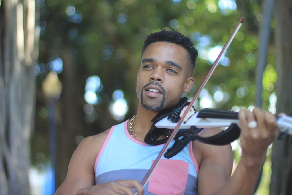 "Gareth Johnson: ""Straight Gangster"", A Violin and Hip-Hop Immersion "" You Have to be Cool Enough to Make People Feel Cool"" – The Hype Magazine"