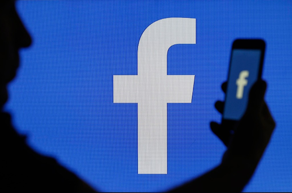Facebook Strikes Deals With Major Labels to License Music On Its Gaming App   Billboard