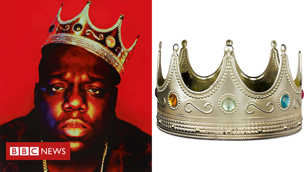 Notorious B.I.G. crown and Tupac love letters sold at auction - BBC News